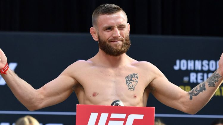 Time Elliot UFC Fighter