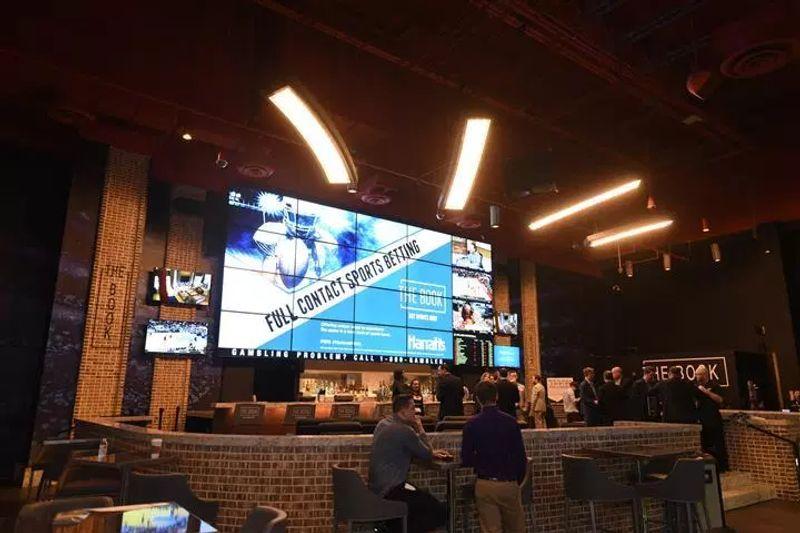 Harrahs ac sports betting 1 percent club binary options